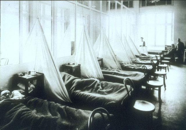 Soldiers coalesce at a U.S. military hospital in France during the 1918 Influenza Pandemic